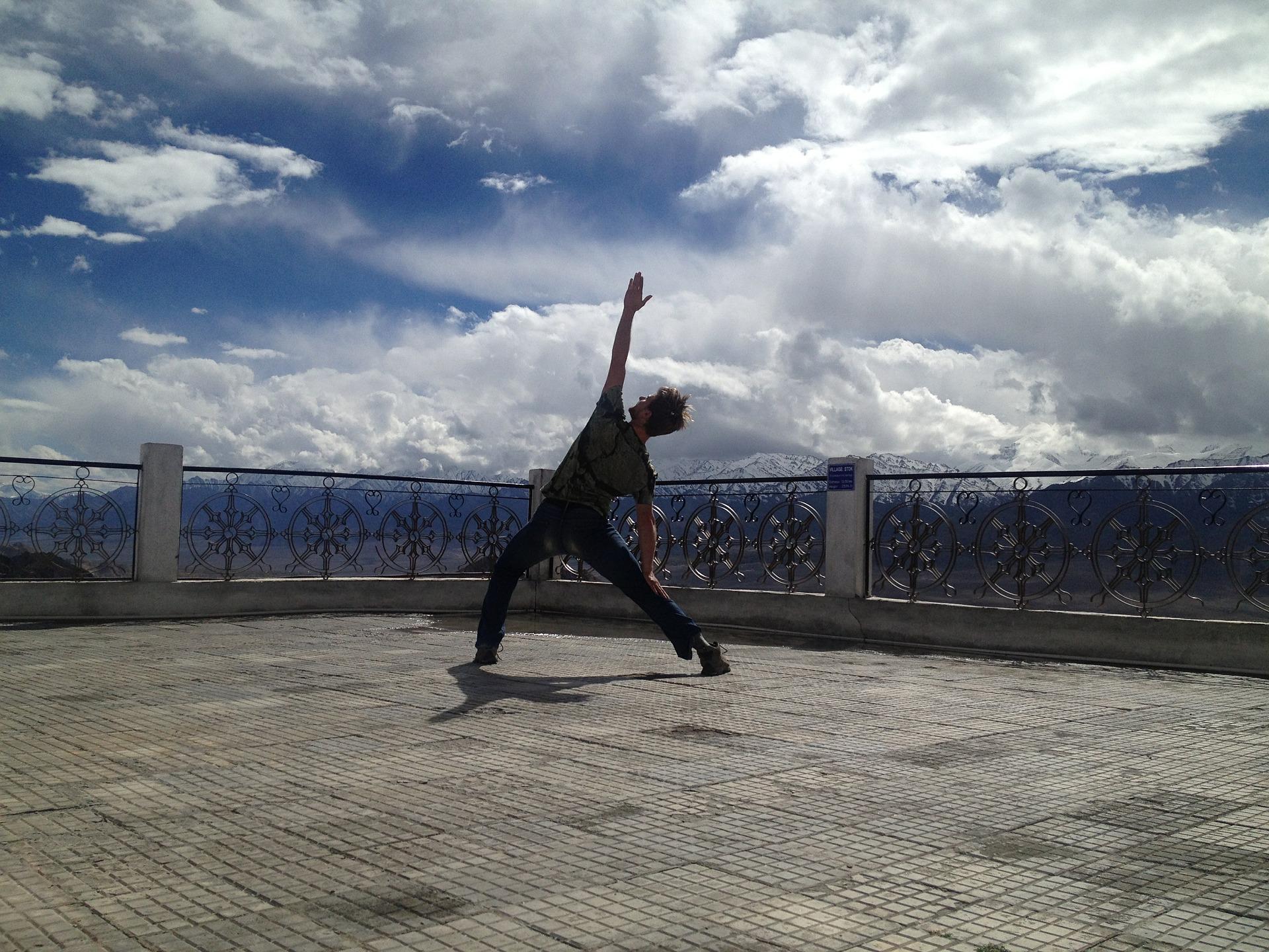 yoga-381653_1920